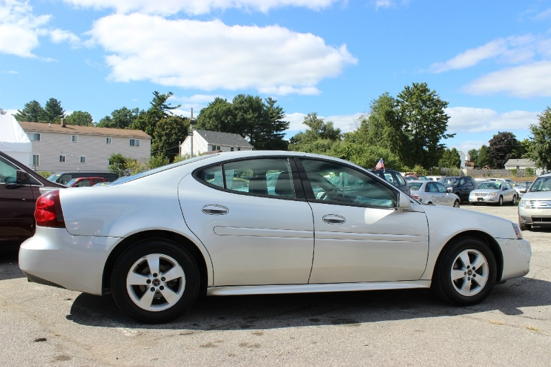 Pontiac Grand Prix 2004 price $999