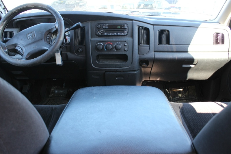 Dodge Ram 2500 2003 price $2,888