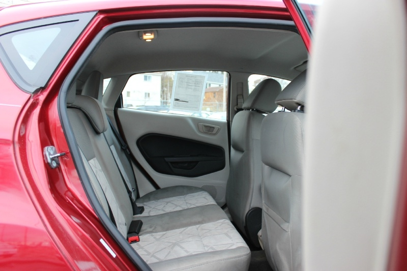 Ford Fiesta 2013 price $4,900