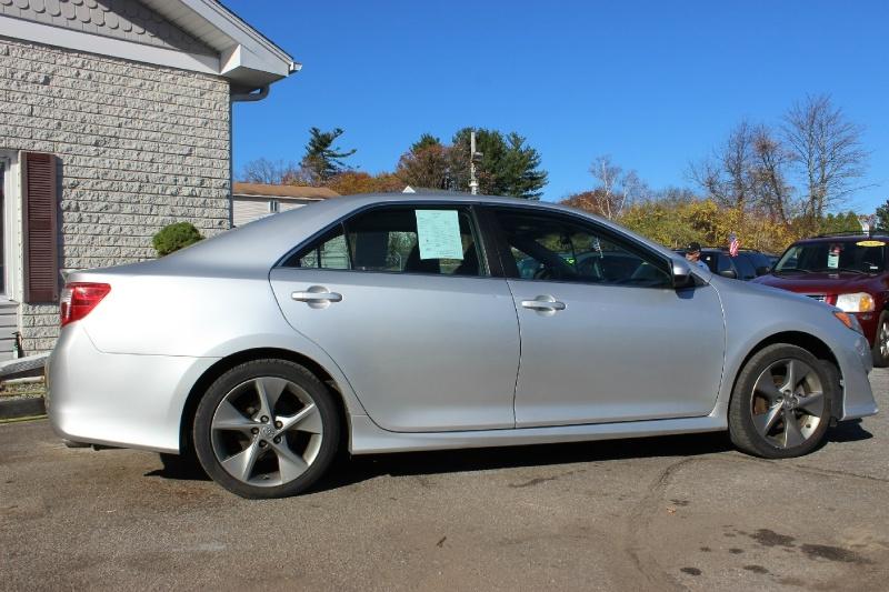 Toyota Camry 2012 price $10,500
