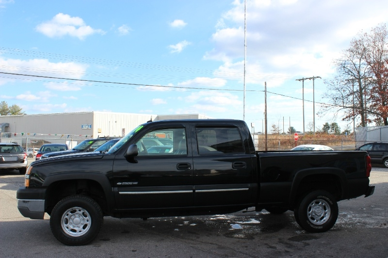 Chevrolet Silverado 2500HD 2004 price $9,999