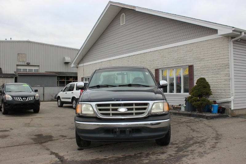Ford F-150 2001 price $2,499