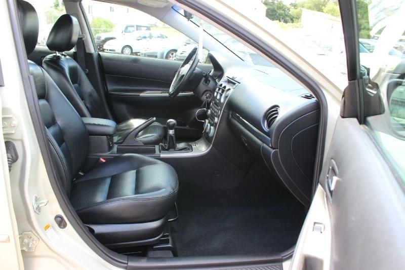 Mazda Mazda6 2004 price $5,298