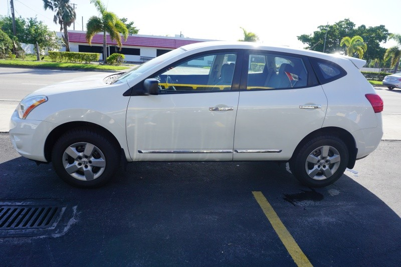 Nissan Rogue 2013 price $9,999