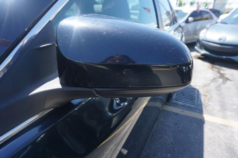 Toyota Camry 2015 price $9,499