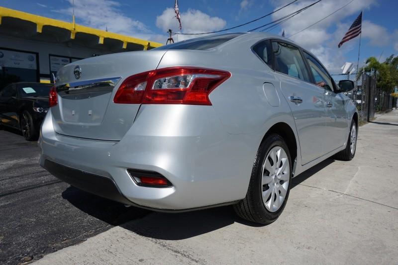 Nissan Sentra 2018 price $12,499
