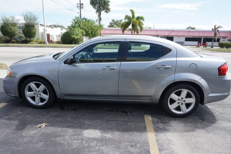Dodge Avenger 2013 price $6,499