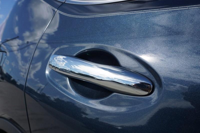 Nissan Rogue 2015 price $9,999