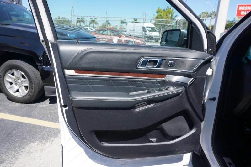 Ford Explorer 2017 price $27,999