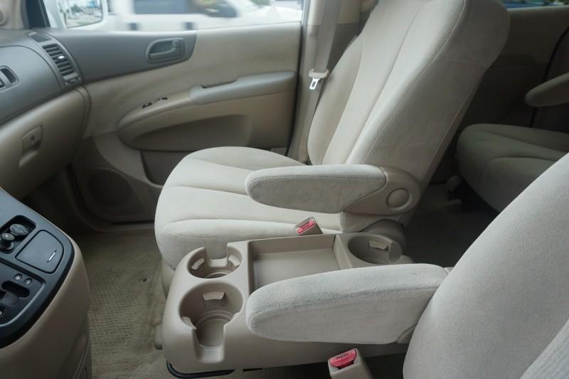 Kia Sedona 2006 price $5,999