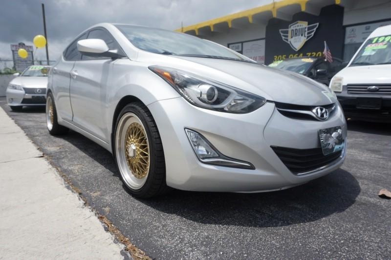 Hyundai Elantra 2015 price $9,999
