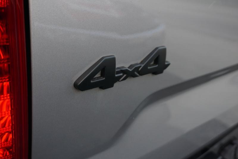 Toyota Tundra 4WD 2017 price $32,000
