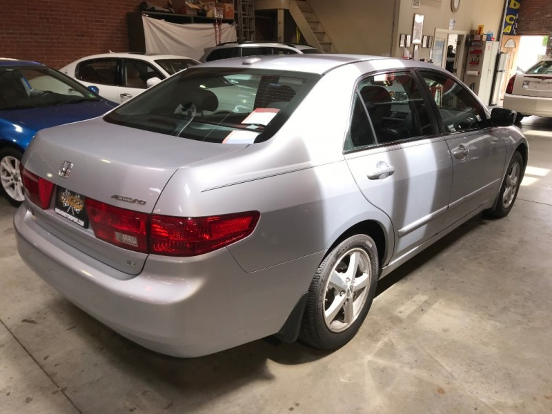 Honda Accord 2005 price $6,295