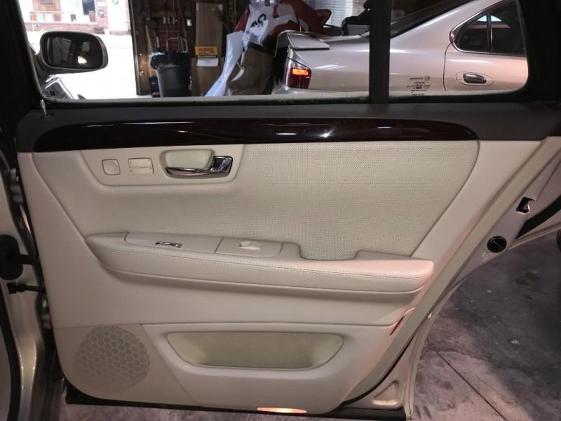 Cadillac DTS 2007 price $6,999