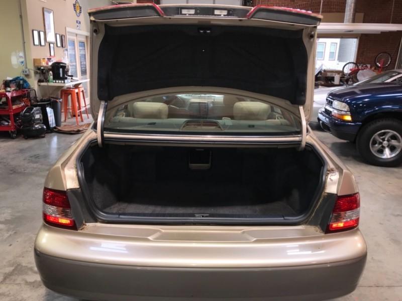 Lexus ES 300 2001 price $3,795
