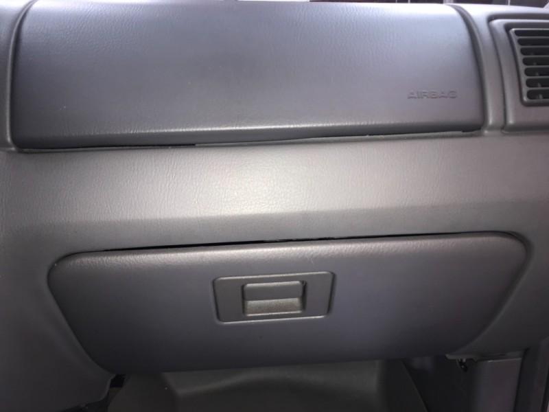 Ford EXPLORER 2004 price $3,999