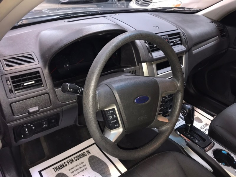 Ford FUSION 2012 price $8,599