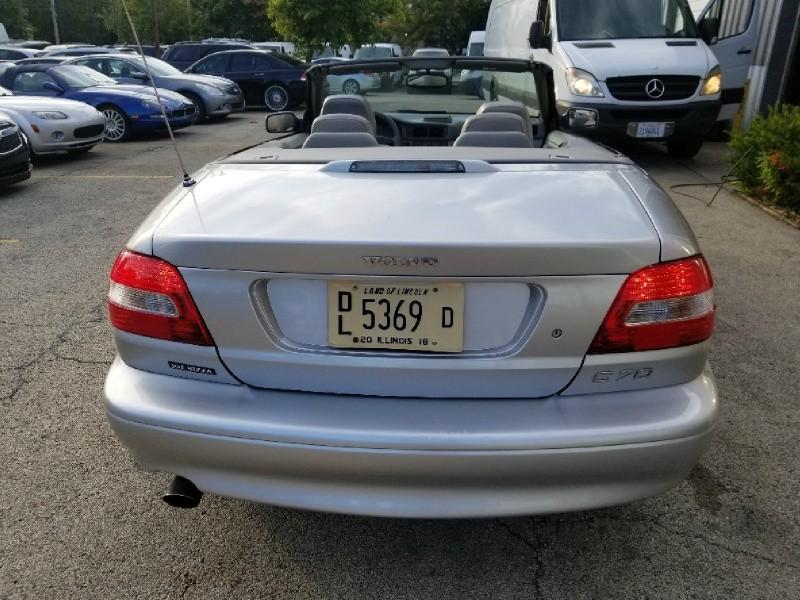 Volvo C70 2003 price $4,500