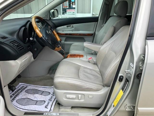 Lexus RX 330 2006 price $5,950