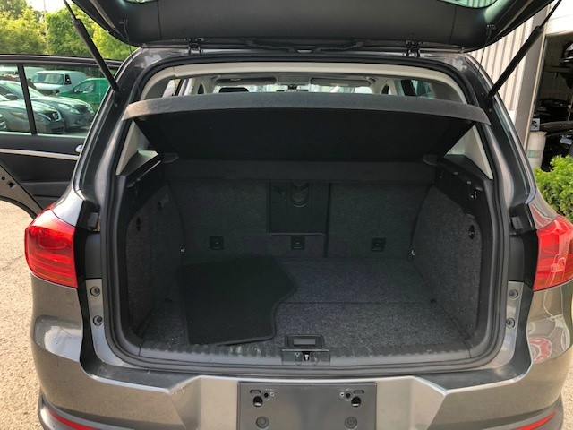 Volkswagen Tiguan 2012 price $9,950