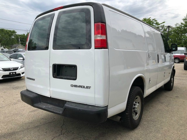 Chevrolet Express Cargo Van 2006 price $8,999