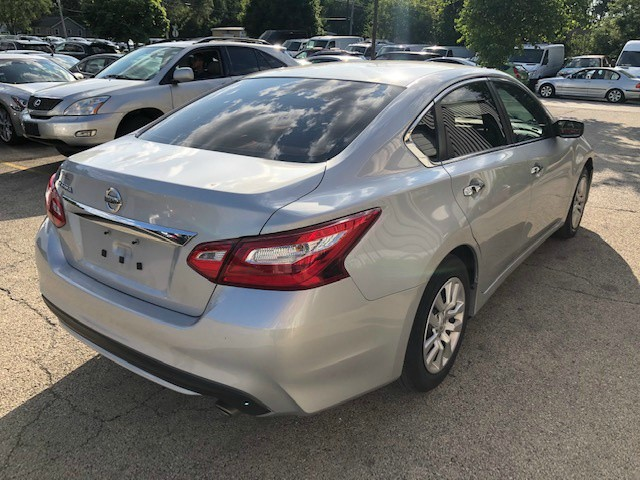 Nissan Altima 2016 price $11,800