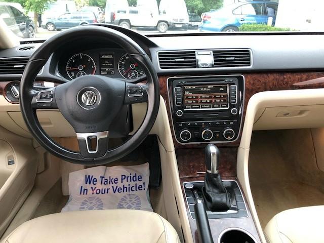 Volkswagen Passat 2013 price $7,950