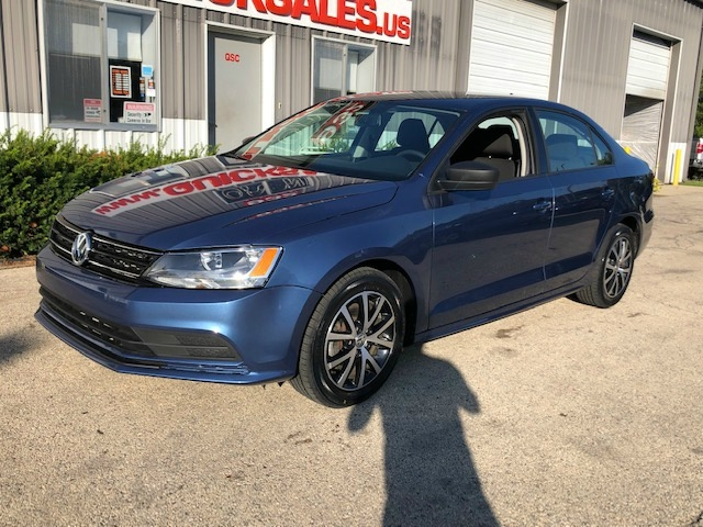 Volkswagen Jetta 2016 price $9,899