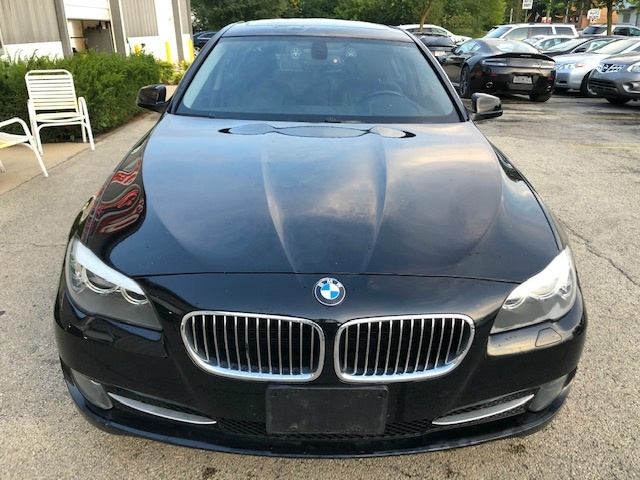 BMW 5-Series 2011 price $9,900
