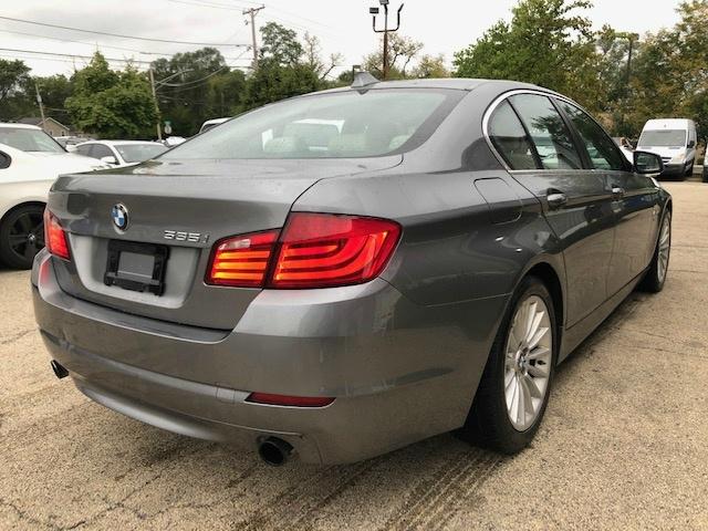 BMW 5-Series 2011 price $10,400