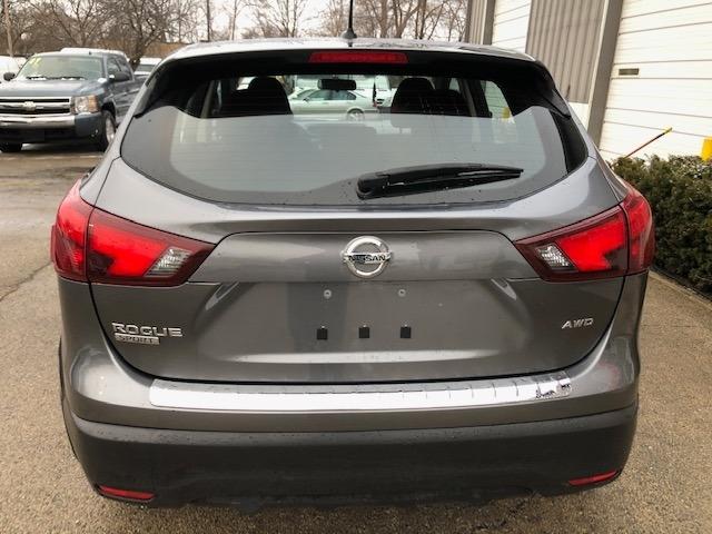Nissan ROGUE SPORT 2017 price $12,900