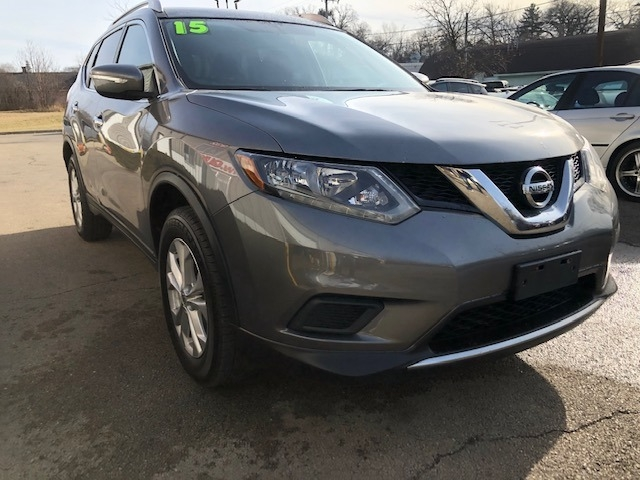 Nissan Rogue 2015 price $12,350