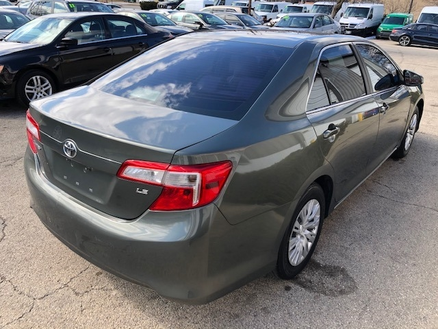 Toyota Camry 2013 price $9,400