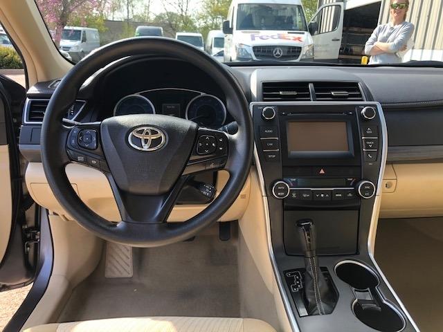 Toyota Camry 2017 price $14,950