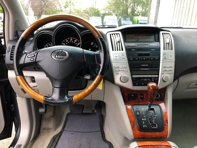 Lexus RX 330 2004 price $3,950