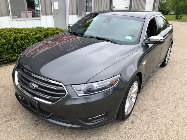 Ford Taurus 2019 price $17,495