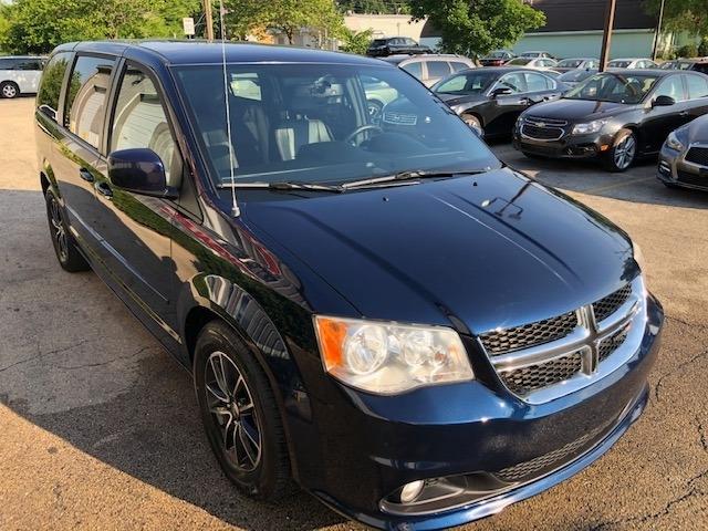 Dodge Grand Caravan 2017 price $11,295