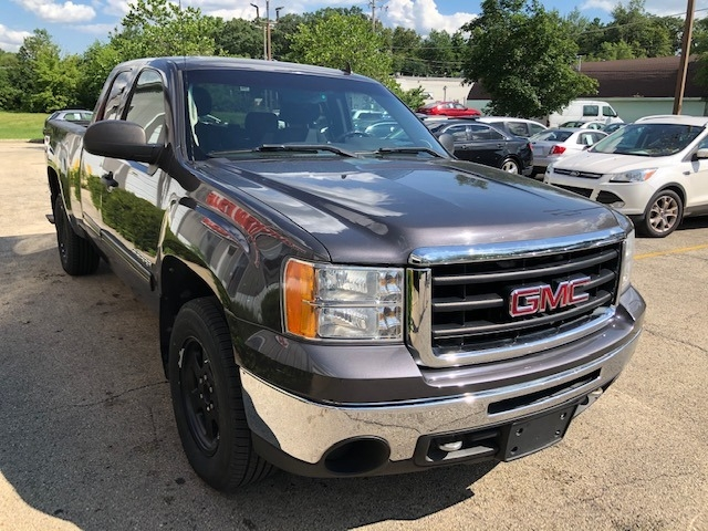 GMC Sierra 1500 2010 price $11,950
