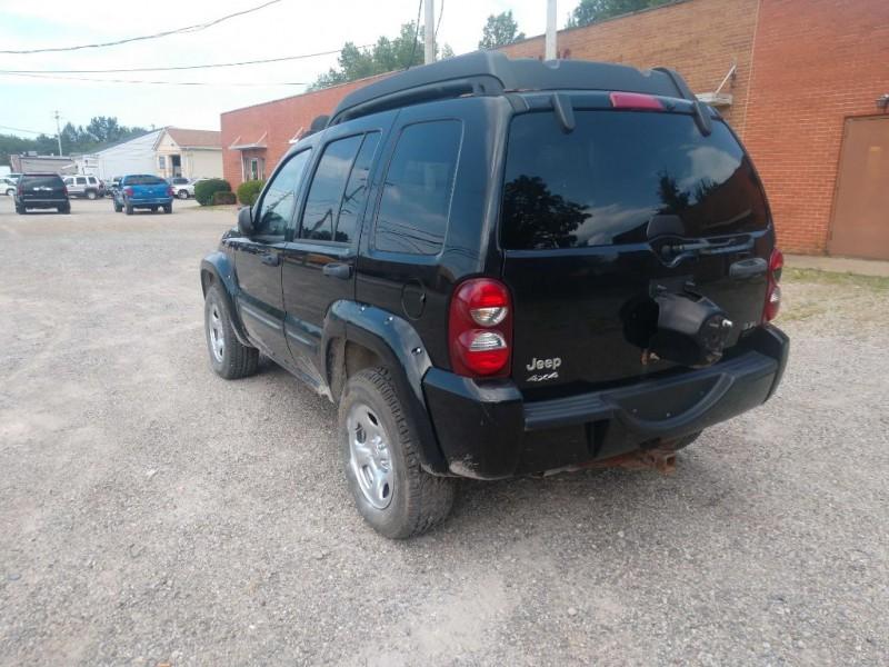 Jeep Liberty 2004 price $1,800