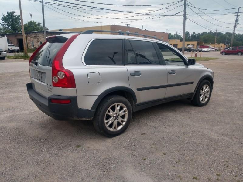 Volvo XC90 2004 price $1,500