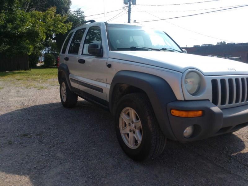 Jeep Liberty 2004 price $1,500