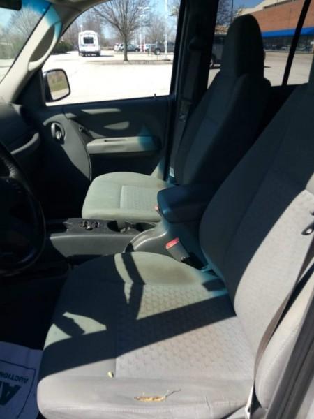 Jeep Liberty 2004 price $1,600