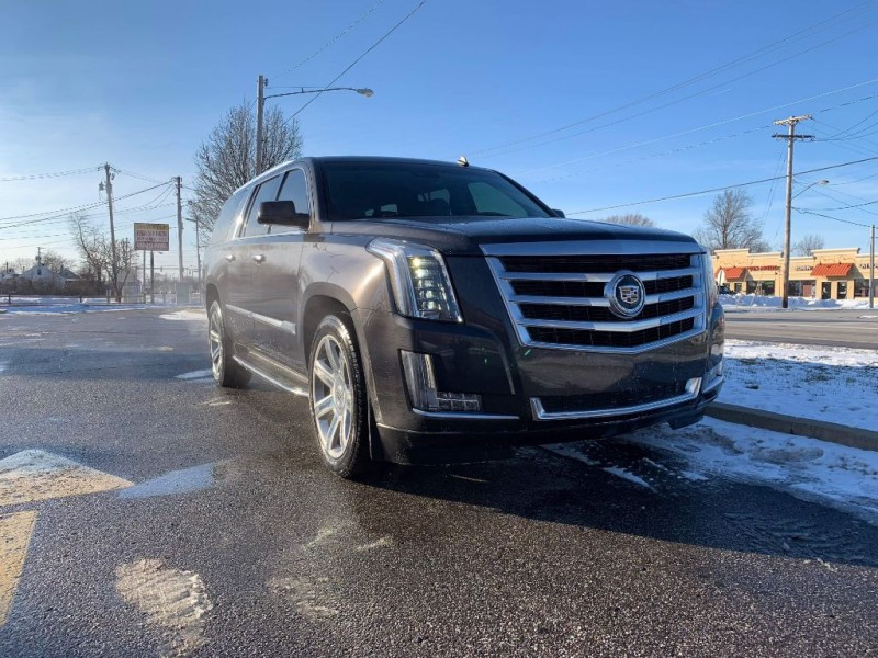 Cadillac Escalade ESV 2015 price $35,000