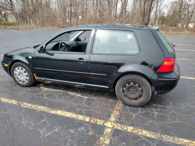 Volkswagen Golf 2003 price $1,800