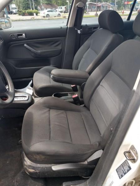 Volkswagen Jetta Sedan 2005 price $1,600
