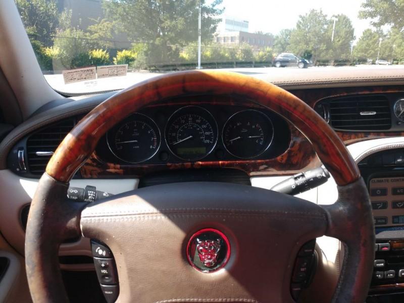 Jaguar XJ 2005 price $3,995