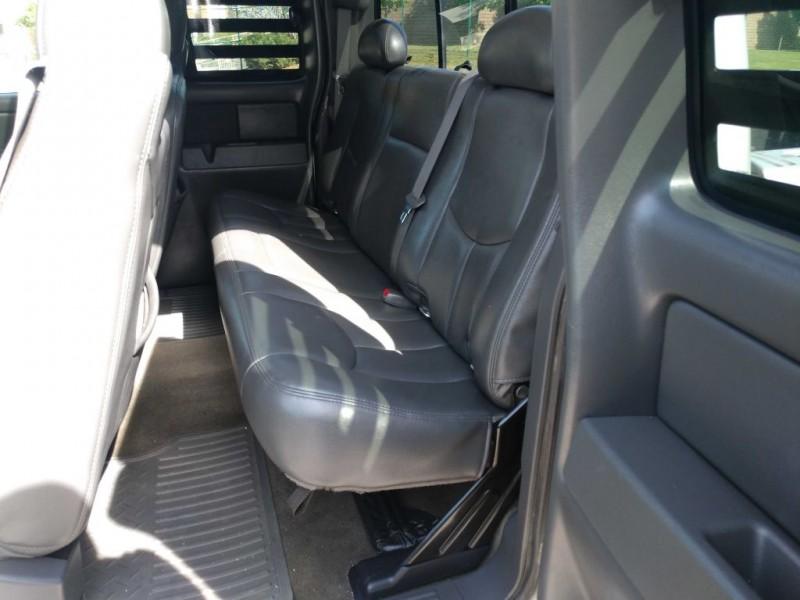 Chevrolet Silverado 1500 2006 price $2,400