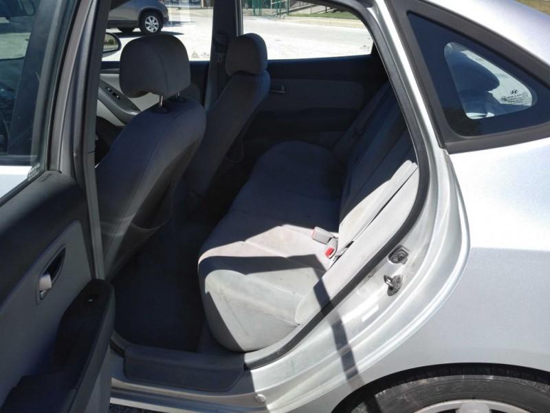 Hyundai Elantra 2007 price $2,000