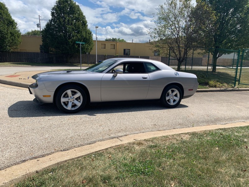 Dodge Challenger 2013 price $15,000