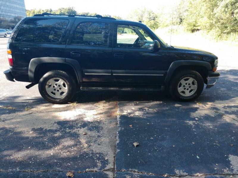 Chevrolet Tahoe 2004 price $4,000
